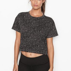 Victoria Sport | Black Gray Leopard Crop Top